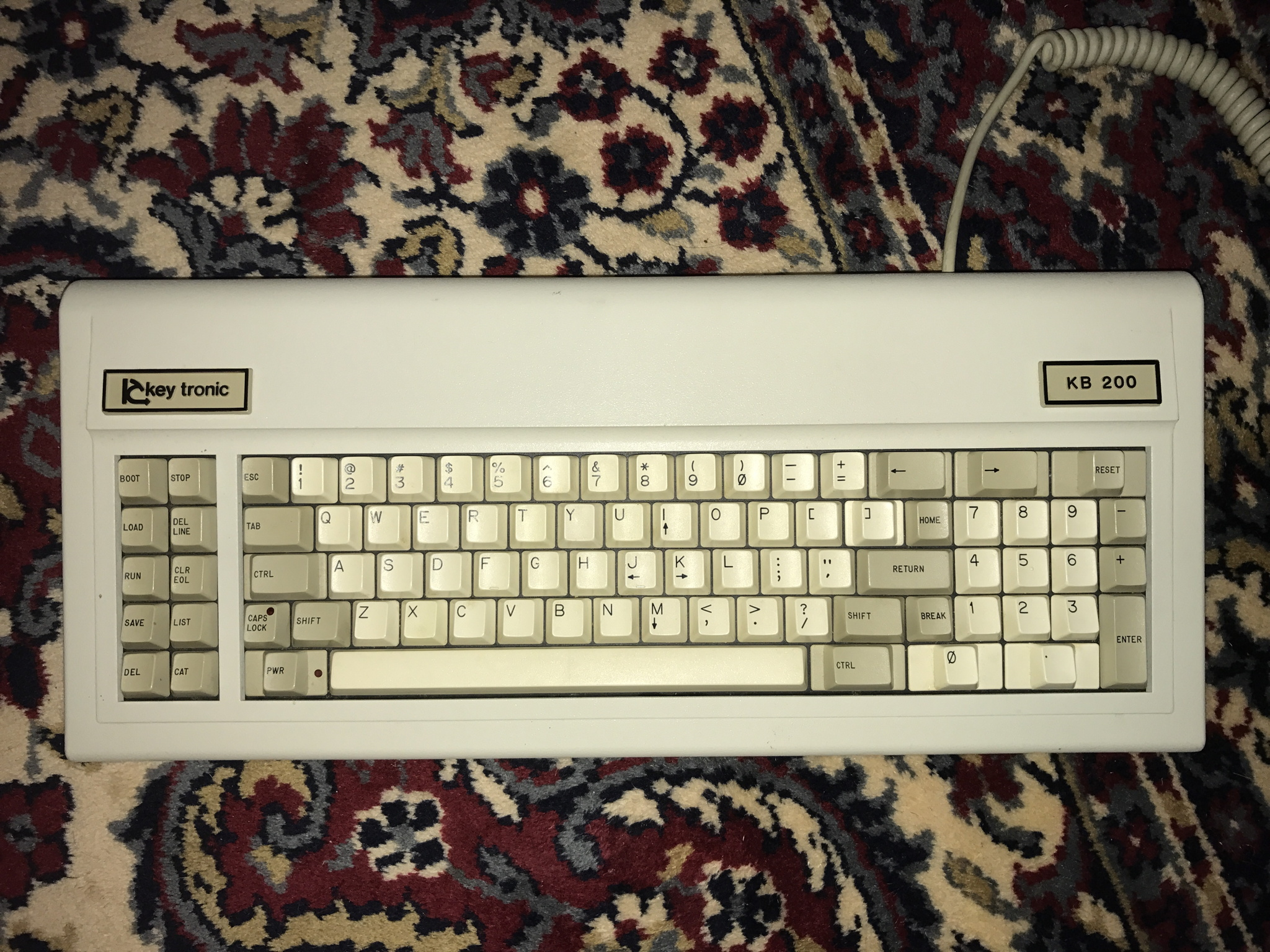 keytronic kb 200 external keyboard for apple ii ii applefritter. Black Bedroom Furniture Sets. Home Design Ideas