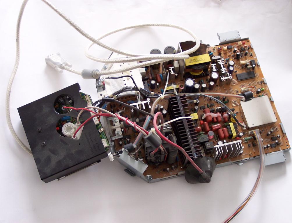 Studio display analog board