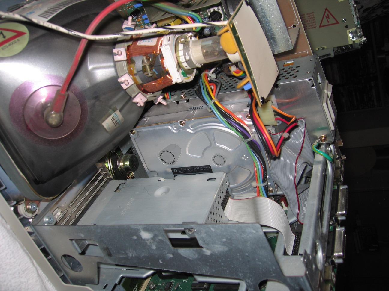 SE/30 Quantum drive on side