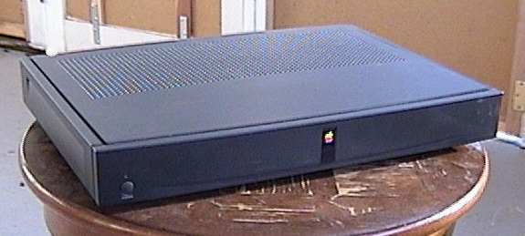 More Apple M4120 Set Top Box pics