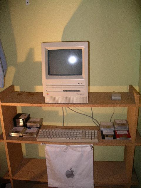 Mac SE in a closet