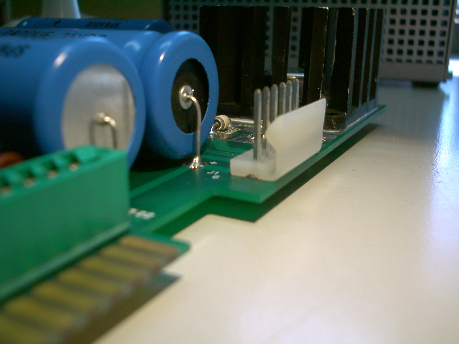Location of possible short circuit at solder bead