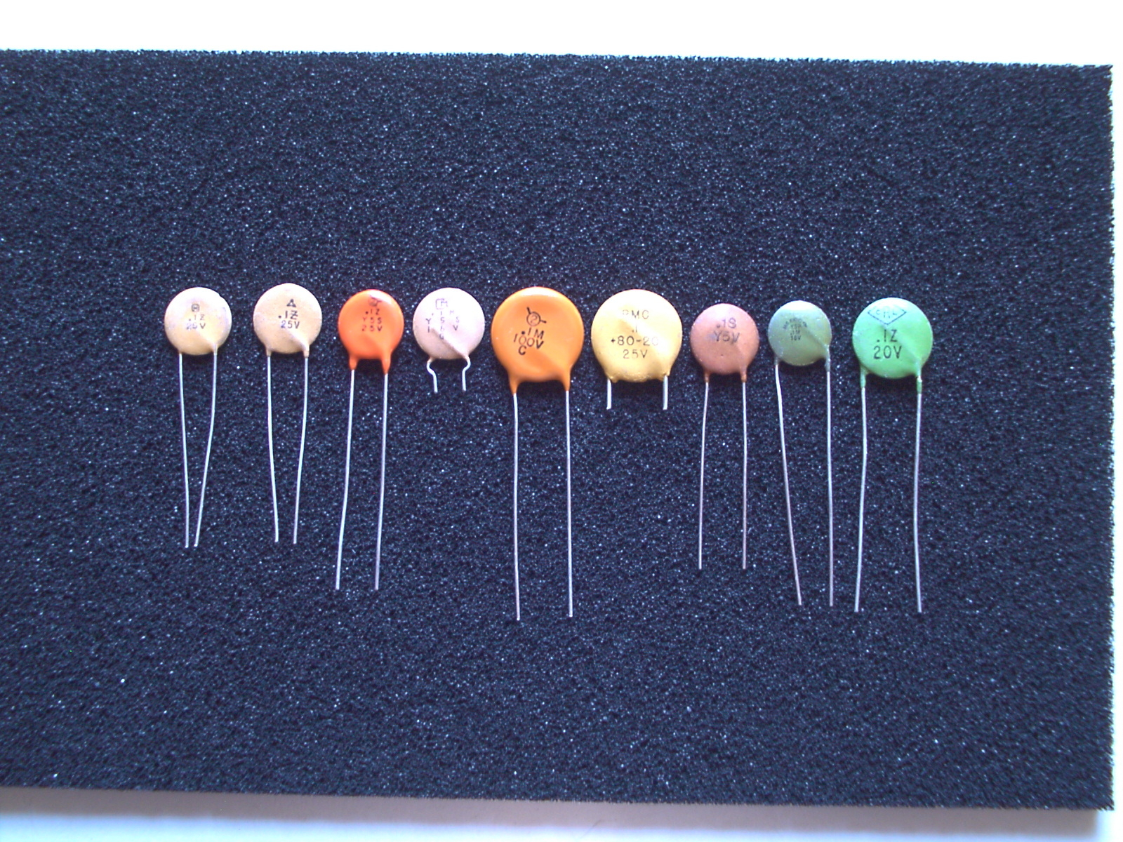colorful ceramic disc bypass capacitors