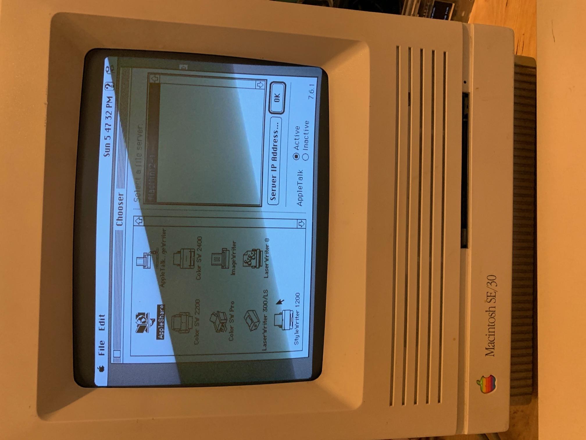 Mac SE/30 running System 7.5.3 for AppleShare