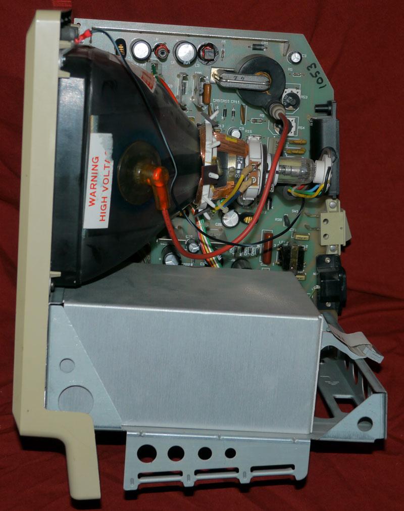 IMAGE(http://www.applefritter.com/sites/default/meta/mactwiggyprototype/TRFXa.jpg)